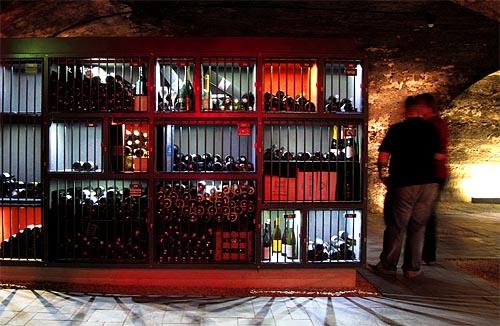 2011-06-18-wine-bank.jpg