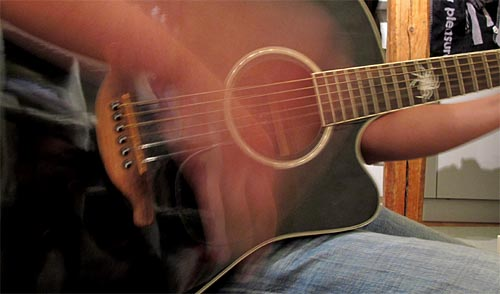 2011-06-19-gitarre.jpg